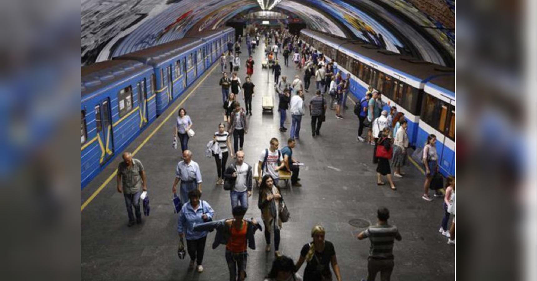 Метро в Киеве таки запустят 25 мая: в столице решили ослабить карантин