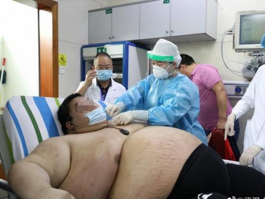 Чжоу и врачи
