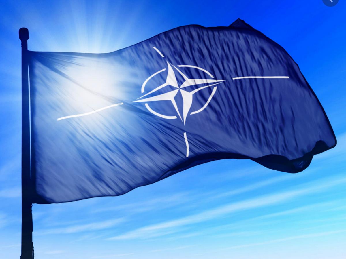 Засуджуємо незаконну та нелегітимну анексію Криму Росією, — НАТО