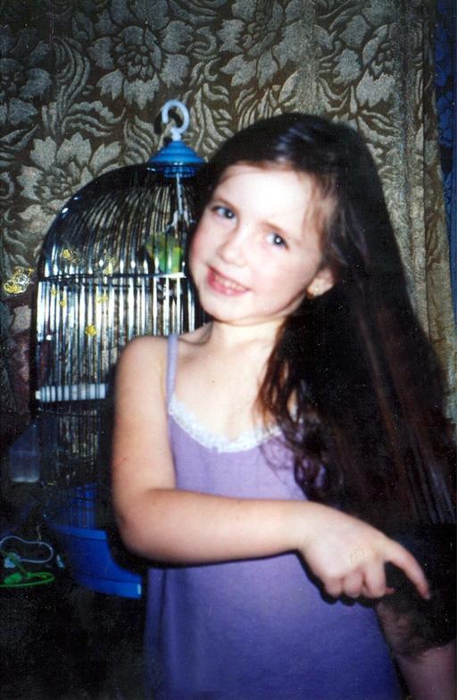 девочка стоит раком фото