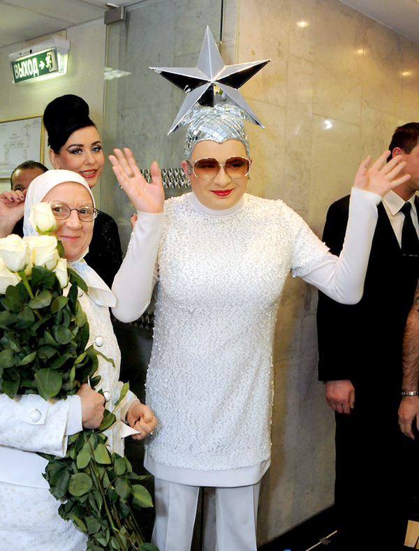http://fakty.ua/user_uploads/images/articles/2011/11/30/144351/01s09%20verka.jpg