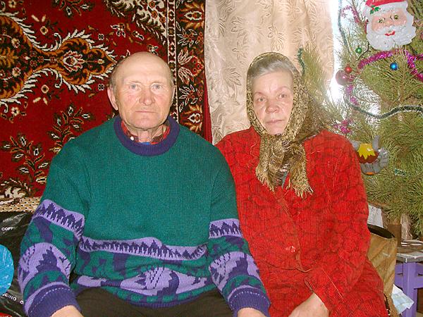 На Житомирщине раненный пенсионер, истекая кровью, обезвредил вооруженного преступника, фото-2