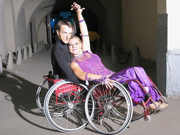 Надежда и Иван Сивак из города Нетишин в третий раз завоевали золотые медали на чемпионате мира по танцам в Токио