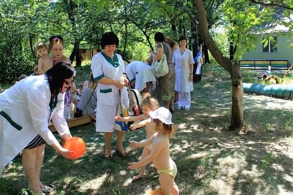 дети сироты донецкая область фото