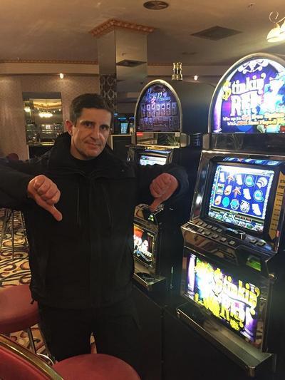 Работа в казино харьков скачать эмулятор игровые автоматы на компьютер бесплатно