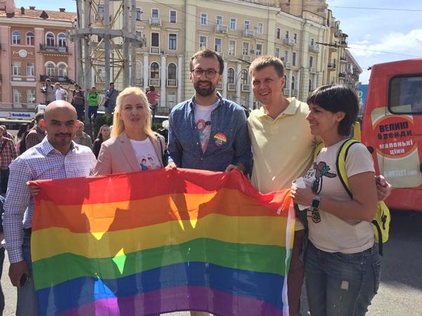 Одесские полицейские охраняли Марш равенства встолице