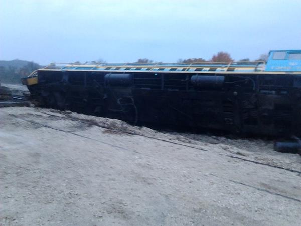 ВХмельницкой области из-за нетрезвого машиниста срельсов сопел поезд