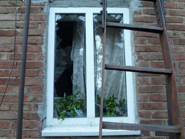 ВТорецке в итоге попадания снаряда водворе дома умер мужчина— милиция