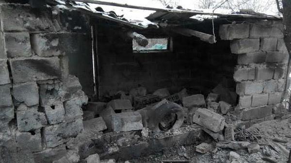 Оккупанты разрушили дом жительницы Авдеевки
