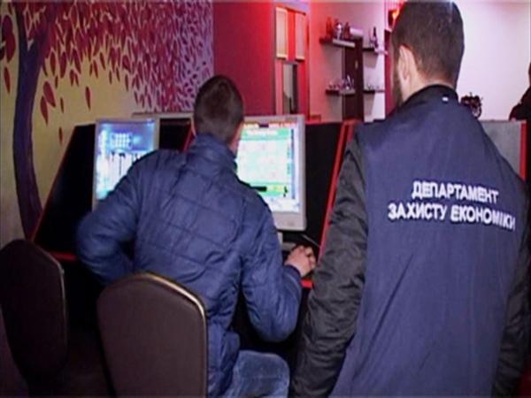 Одесская милиция раскрыла 13 подпольных игорных заведений
