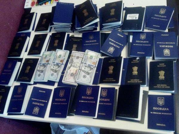 Киевский университет принимал научебу иностранцев пофиктивной схеме за $7 тыс.