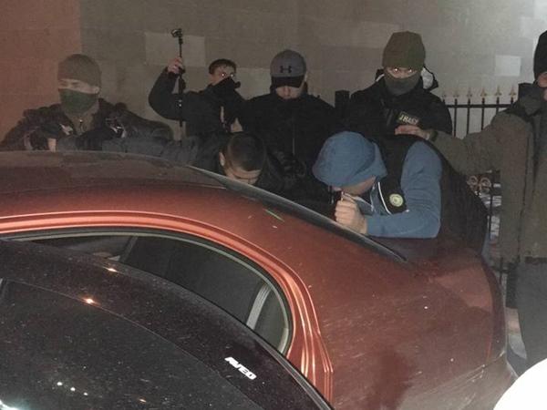 Судью Соломенского райсуда столицы Украины задержали навзятке 22 тыс. долларов