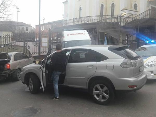Размещены фото ивидео митинга уздания суда вКиеве— Дело Насирова