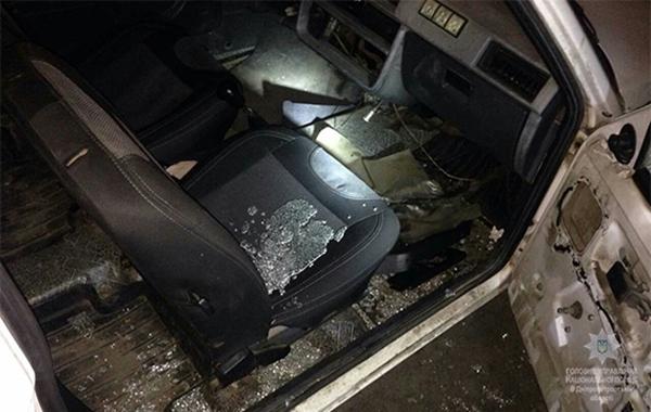 Под Днепром мужчина бросил гранату рядом скафе