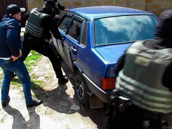 Милиция задержала группу мошенников, снявших скарт украинцев неменее 10 млн грн