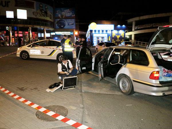 Патрульный автомобиль столкнулся с Митцубиши — ДТП вКиеве