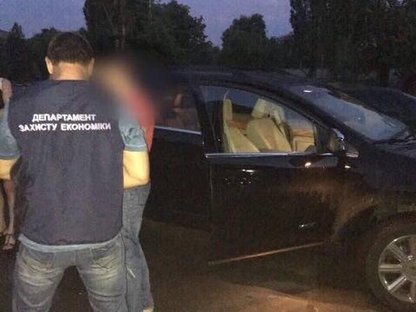 Навзятке в1,2 млн грн схвачен глава Госгеокадастра Луганщины— Аваков