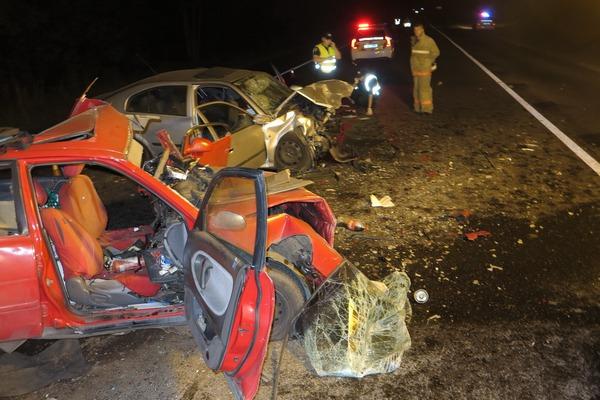 ВДТП наГостомельском шоссе погибли два человека, трое срочно отправлены вбольницу