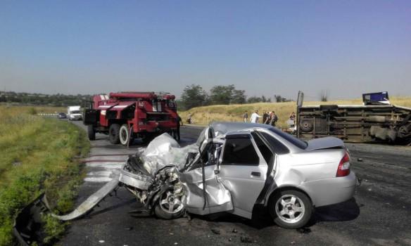 Под Запорожьем вДТП угодила маршрутка, шофёр умер