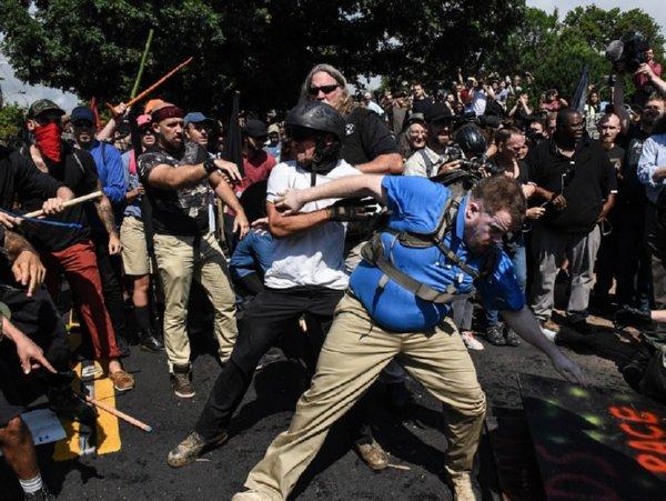 Мед. работники поведали осостоянии пострадавших встолкновениях вВиргинии