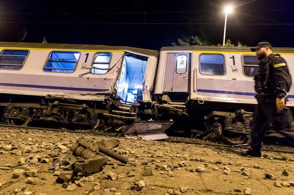 ВПольше столкнулись поезда: десятки раненых, среди них дети