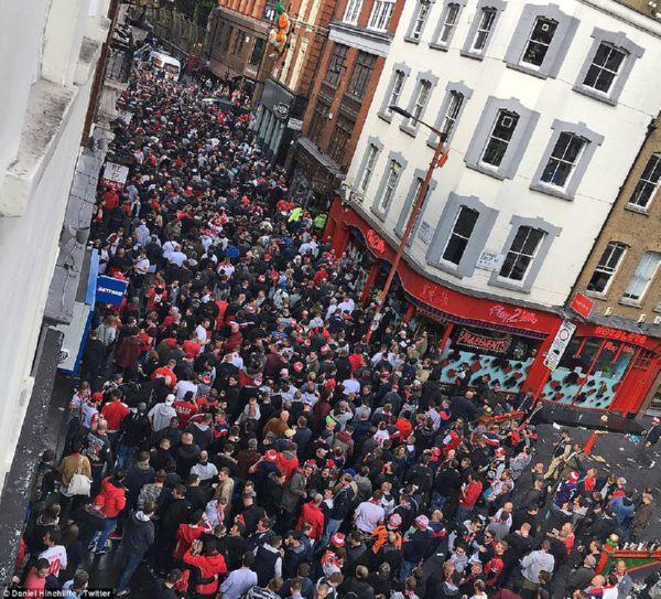 «Арсенал»— «Кельн». милиция задержала четырех болельщиков гостей