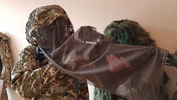 Для военнослужащих ВСУ разработали новый маскировочный костюм
