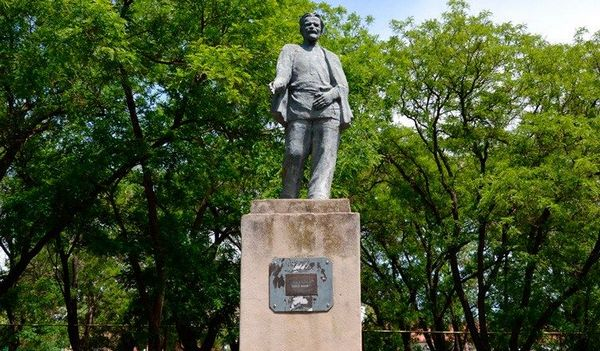 ВОдесской области облагораживают монумент Ленину: активисты негодуют