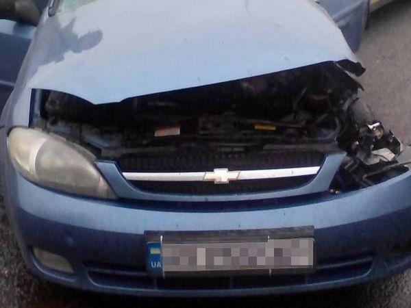ВХарькове в итоге тройного ДТП сучастием фуры умер шофёр легковушки