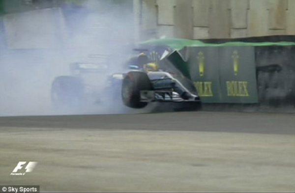 Себастьян Феттель одержал победу Гран-при Бразилии Формулы-1