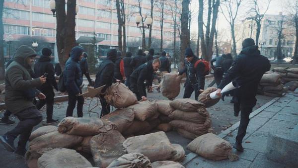 Активисты «Национального корпуса» подрались сполицейскими натерритории Харьковского политеха