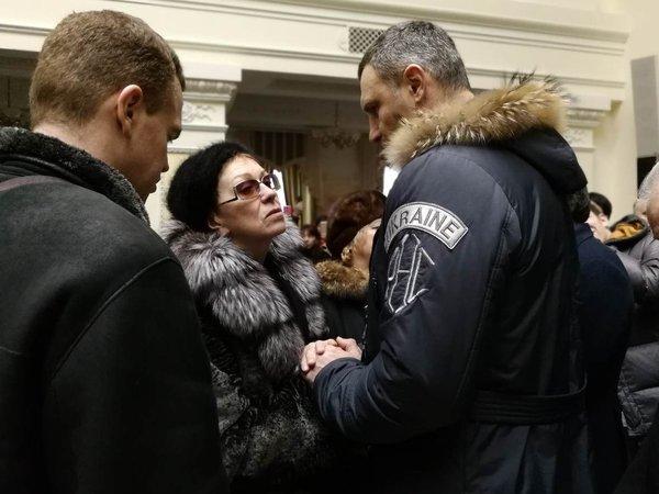 Первого украинского космонавта Леонида Каденюка похоронят в Киеве