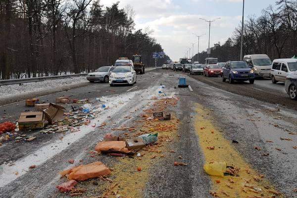 НаБориспольской трассе случилось смертельное ДТП, создалась километровая пробка