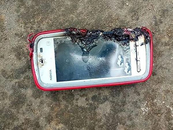 Девушка погибла при взрыве телефона нокиа