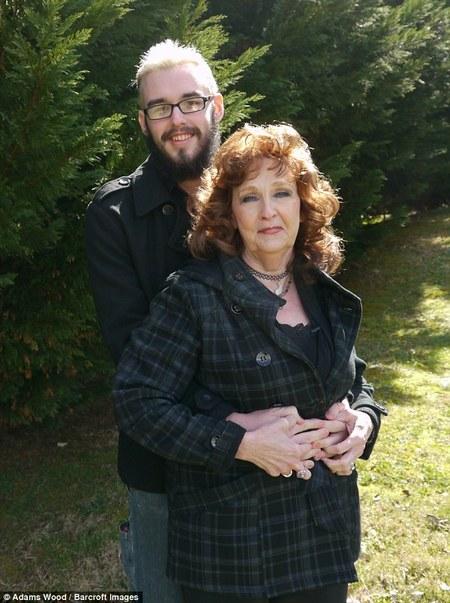 Бабушка 58 летнея хочет сексу