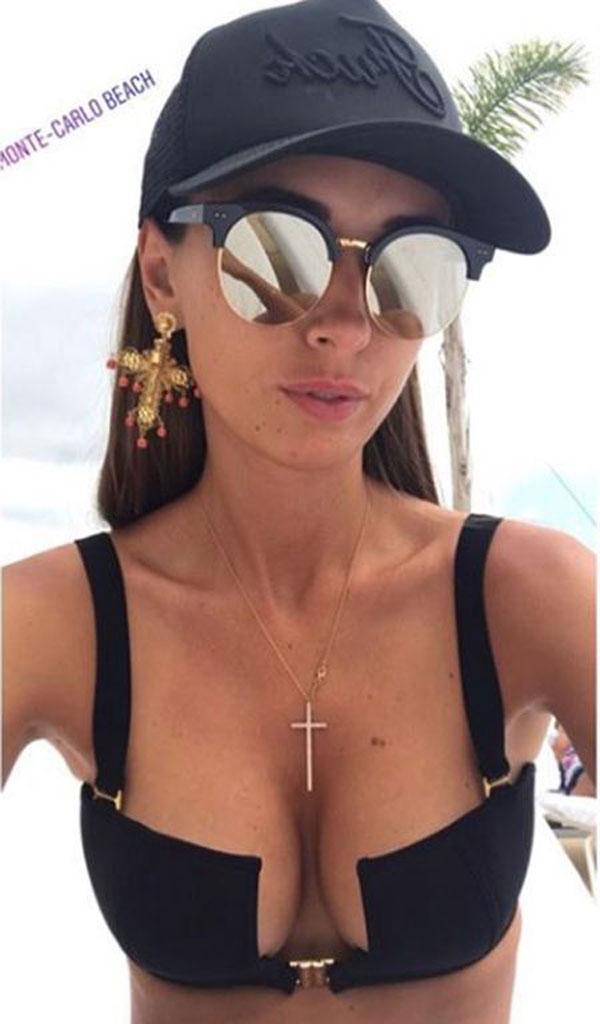 Лиза Ющенко похвасталась в соцсетях купальником с Ибицы