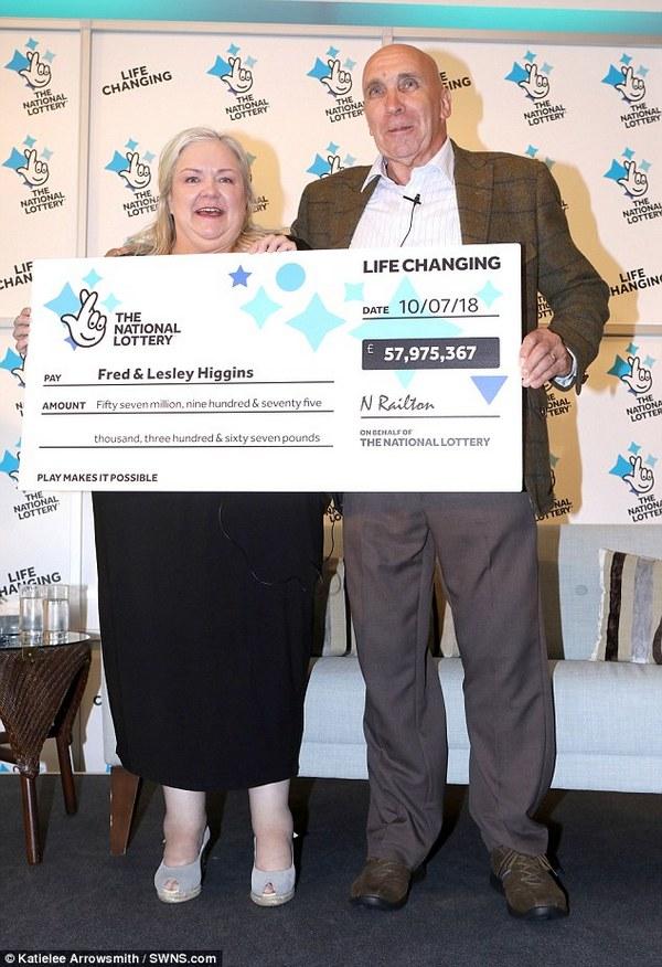 Счастливый лотерейный билет с выигрышем более 75 млн долларов случайно оказался порван