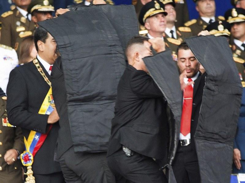 Власти Венесуэлы подтвердили покушение наМадуро