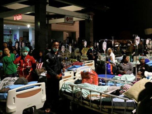 Землетрясение в Индонезии: число погибших выросло до 82