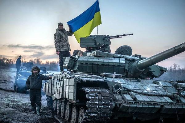 Муженко: Россия может превратить войну на Донбассе в полномасштабную в течение часа, фото-2