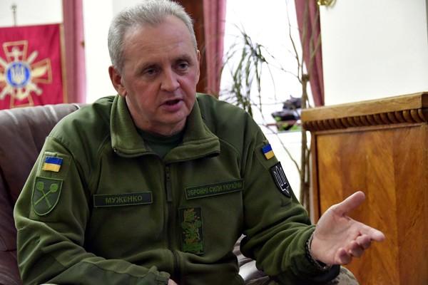 Муженко: Россия может превратить войну на Донбассе в полномасштабную в течение часа, фото-1