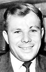 14s05 Gagarin.jpg (16385 bytes)