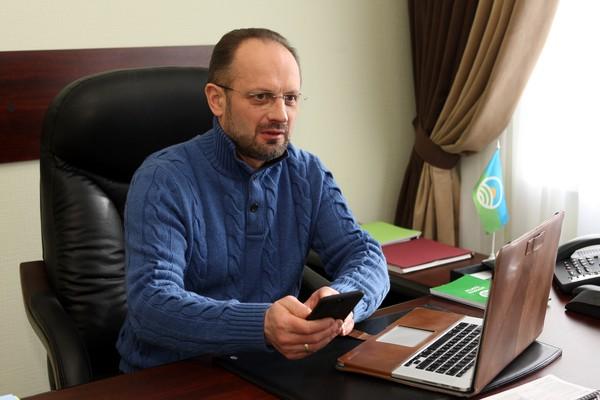 Зеленский еще слаб для дуэли с Путиным, — Роман  Безсмертный