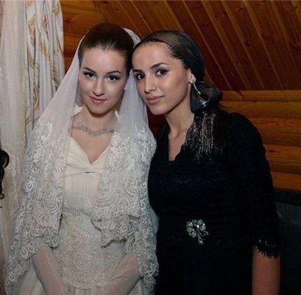 Отец сына Орбакайте Руслан Байсаров взял в супруги  восемнадцатилетнюю девушку
