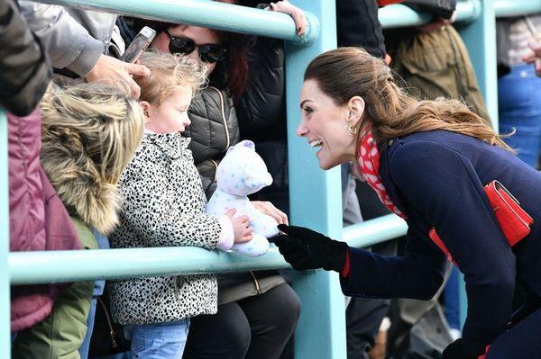 Не оправдала ожиданий: Кейт Миддлтон разочаровала ребенка своим внешним видом