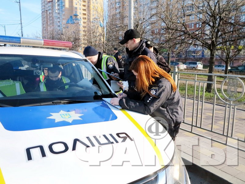 Намагалася піти від поліції: в Києві патрульні гналися за п'яною автоледи