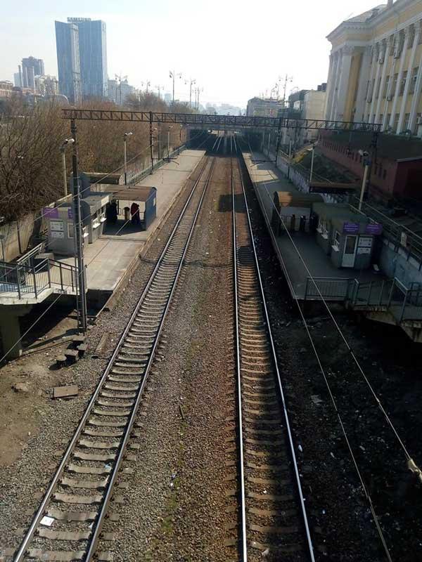 Вокзал в Києві спорожнів через карантин: апокаліптичні фото з центру столиці